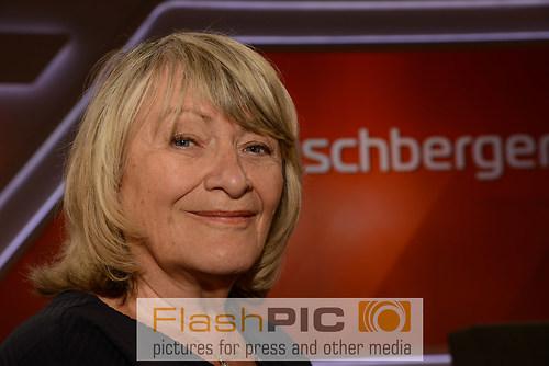 Alice Schwarzer die Feministin und Journalistin als Gast  und Te (DSC_0884)