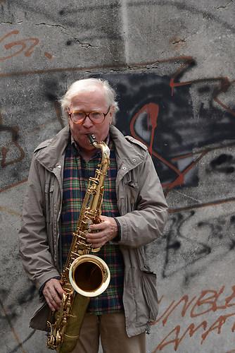 Klaus Dolidnger, der legendaere Jazz-Musiker und Komponist im Po (DSC_2847)