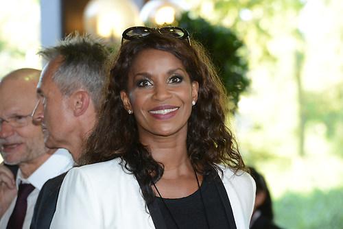 Schauspielerin LIz Baffoe als Teilnehmer im Gast beim Festakt 70 (DSC_4282)