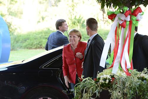 Ankunft der deutschen Bundeskanzlerin Dr. Angela Merkel beim Fes (DSC_4297)