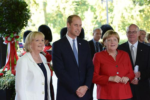 Gruppenbild der deutschen Bundeskanzlerin Dr. Angela Merkel mit  (DSC_4331)