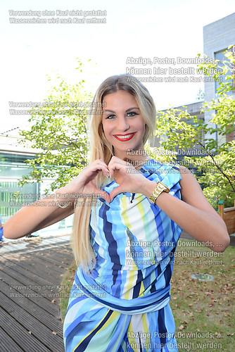 Stefanie Schanzleh die Saengerin der Musikgruppe Hot Banditoz ze (DSC_5143)