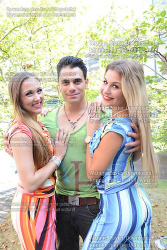 Stefanie Schanzleh die Saengerin der Musikgruppe Hot Banditoz be (DSC_5191)