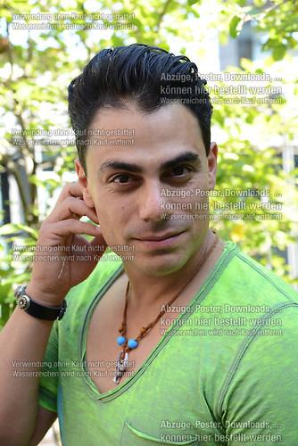 Silva Gonzalez der Saenger und Musiker der Gruppe Hot Banditoz i (DSC_5220)