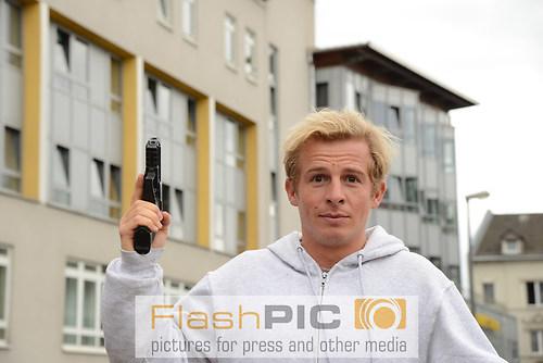 Der Schauspieler Daniel Roesner als Kommissar Paul Renner mit Wa (DSC_6517)