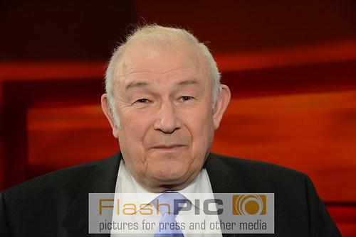 Guenther Beckstein der ehemalige Bayrische Innenminister und Mit (DSC_0392)