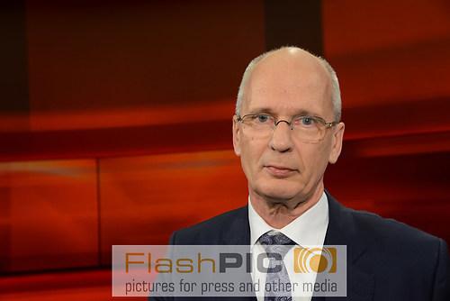 Thomas Bliwier der Fachanwalt fuer Strafrecht  und Vertreter von (DSC_0421)