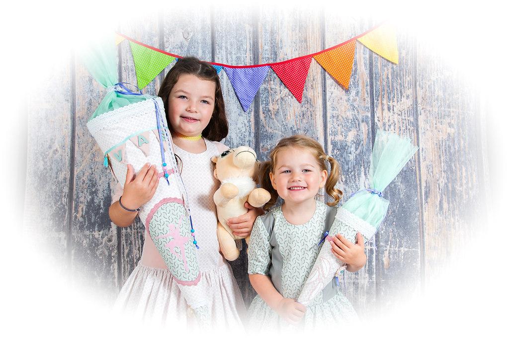 c-4259 | COPYRIGHT-INA CLADOW-www.pixina.de | Event, Familie, Familie Portrait, Kinder, Personen, Porträts, Schule, Studiofotografie