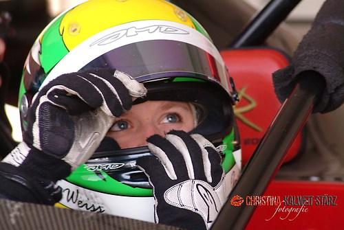 Jackie Weiss.....Rennfahrerin beim Training auf der Ascari Rennstrecke in Ronda/Spanien