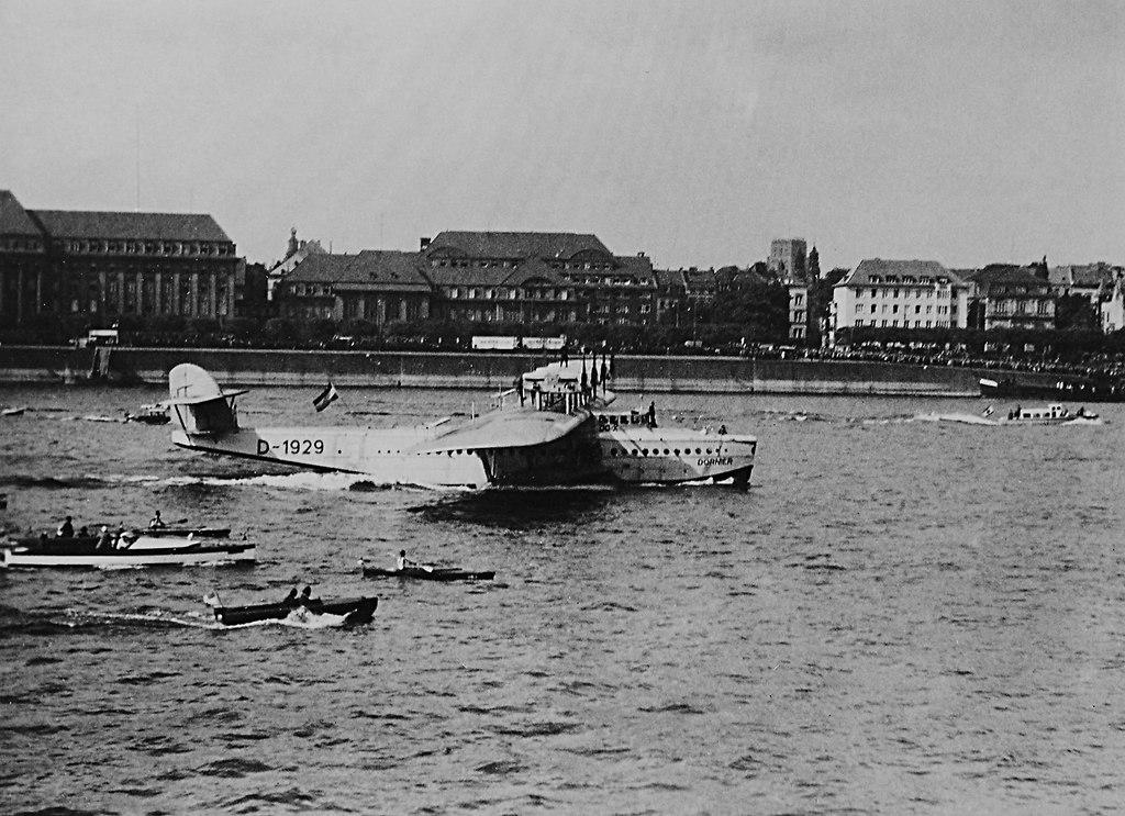 Koeln_Wasserflugzeug