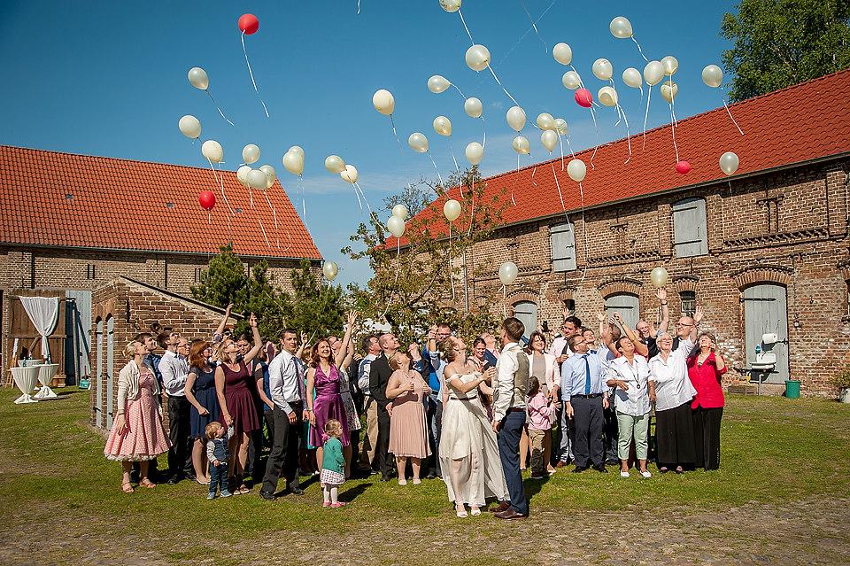 HochzeitSR-670 (HochzeitSR-670-copy) |  Originalbild unter: http://formstuecke.fotograf.de/photo/573e31ee-9c24-4b3d-bcaa-19ef0ac10e76