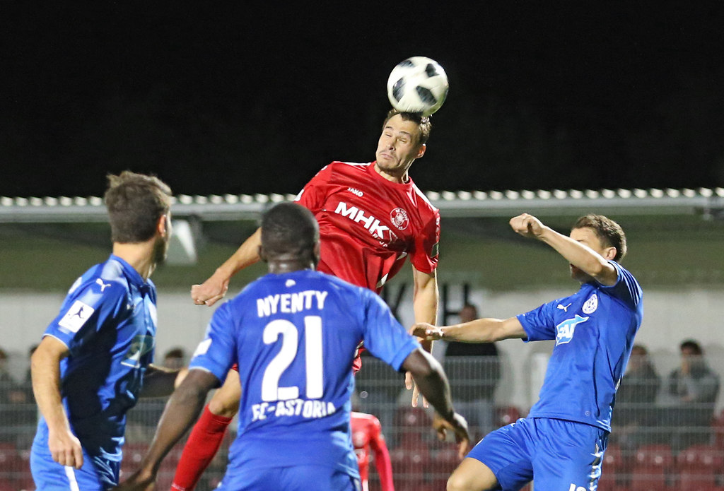 180921DREWAL 10345 | 21.09.2018, xxx, Dreieich, Hahnair Sportpark,  Regionalliga Suedwest,  Saison 2018/2019, SC... | Fussball
