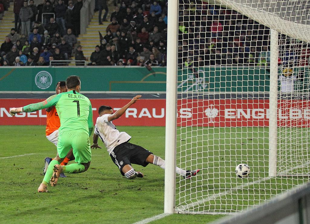 181116DEUNIE 12511   16.11.2018, xxx, Sparda-Bank-Hessen Stadion, Offenbach am Main, Fussball, Maenner, Laenderspiel,...   Fussball