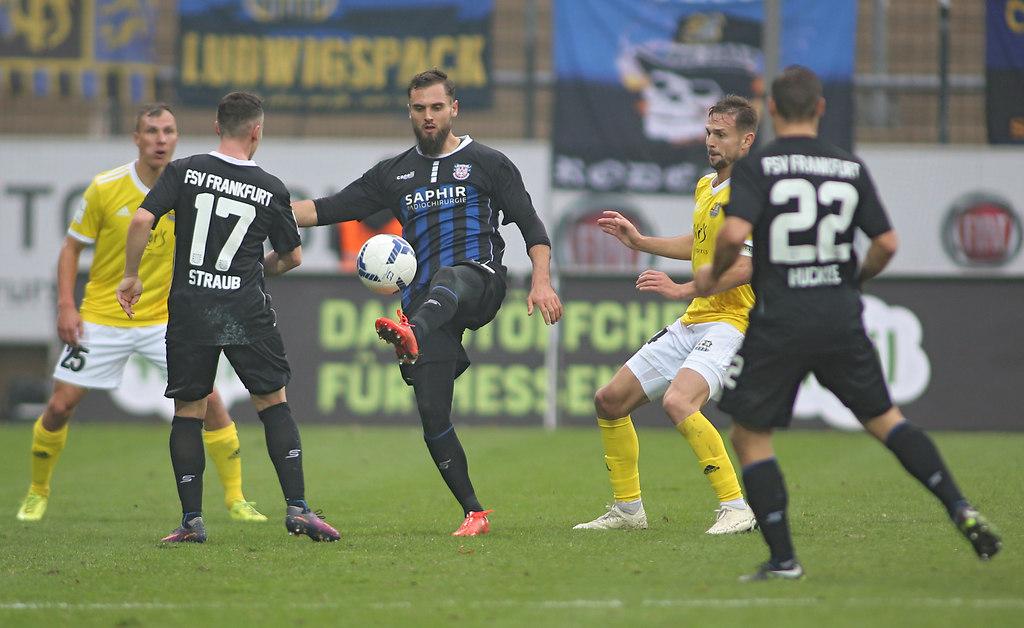 181124FSVSAR 12597   24.11.2018, xxx, Frankfurt, PSD Arena,  Regionalliga Suedwest,  Saison 2018/2019, FSV Frankfurt...   Fussball
