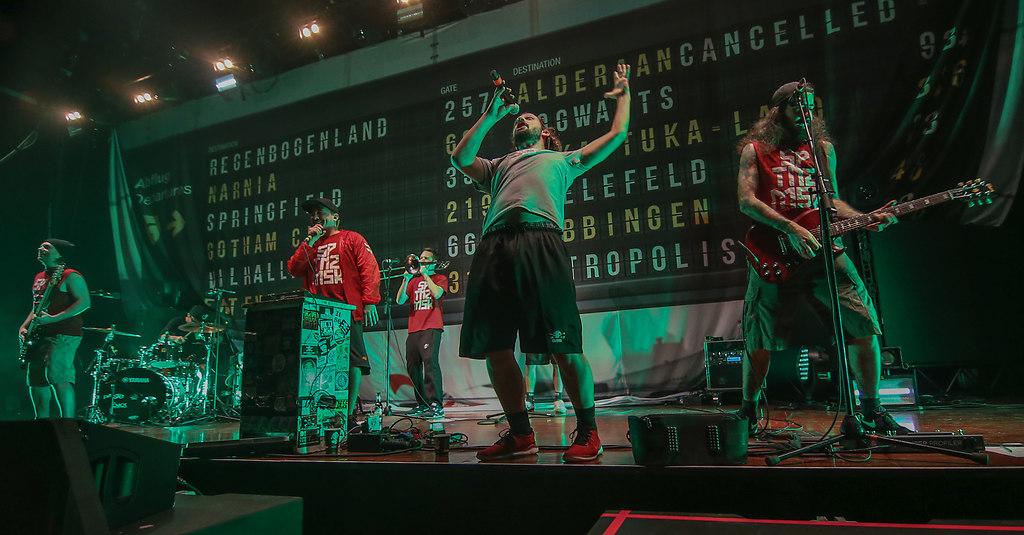 "181207LEFLY 7   07.12.2018, xxx, Stadthalle Offenbach, LE FLY, Hip-Hop/Rap, Programm ""Kopf aus, Fuss an"", Live"",...   Musik, Hip-Hop, Rap"