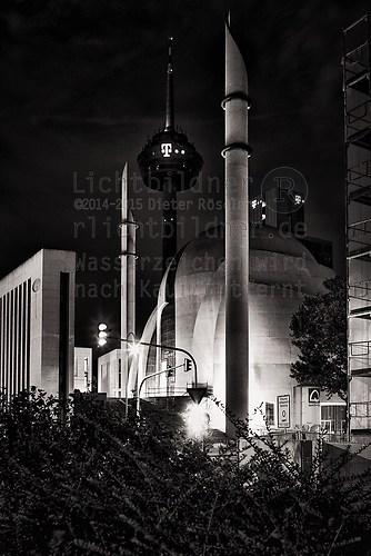 9. August 2015 | Köln | DITIB-Zentralmoschee (2010 | Köln | DITIB-Zentralmoschee)