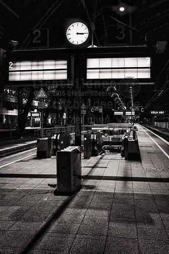 2006 | Köln Hauptbahnhof | Bahnsteig Gleis 2 - 3 (2006 | Köln Hauptbahnhof | Bahnsteig Gle