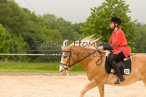 (c)SimoneHomberg_Ponyfest_2013_0302