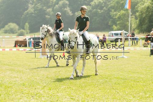 (c)SimoneHomberg_Ponyfest_Sa_20150606_0306