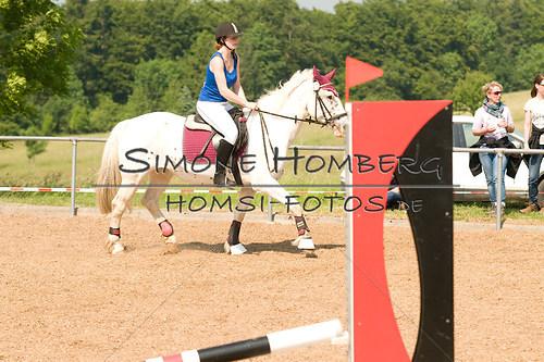 (c)SimoneHomberg_Ponyfest_Sa_20150606_0335