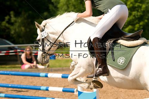 (c)SimoneHomberg_Ponyfest_Sa_20150606_0356