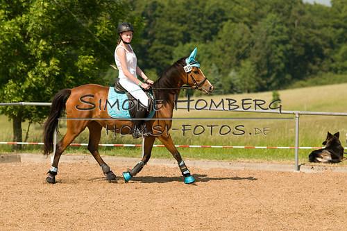 (c)SimoneHomberg_Ponyfest_Sa_20150606_0386