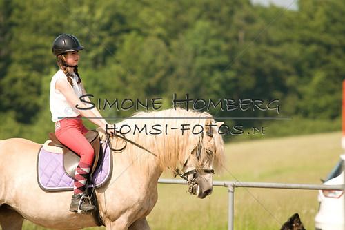 (c)SimoneHomberg_Ponyfest_Sa_20150606_0390