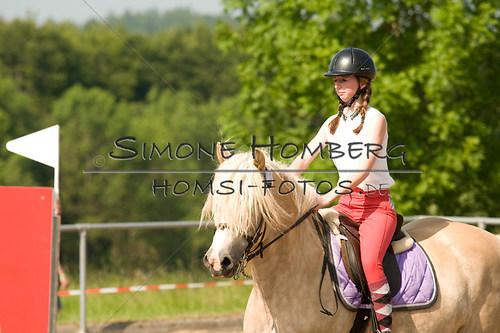 (c)SimoneHomberg_Ponyfest_Sa_20150606_0391