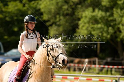 (c)SimoneHomberg_Ponyfest_Sa_20150606_0395