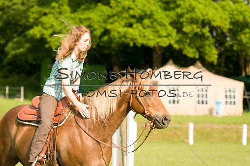 (c)SimoneHomberg_Ponyfest_Sa_20150606_0008