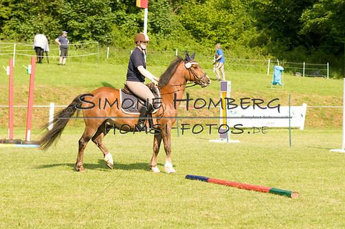 (c)SimoneHomberg_Ponyfest_Sa_20150606_0024