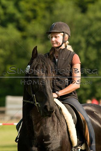 (c)SimoneHomberg_Ponyfest_Sa_20150606_0046