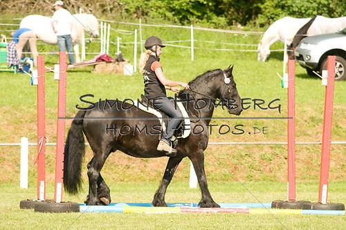 (c)SimoneHomberg_Ponyfest_Sa_20150606_0054