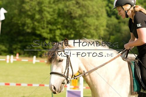 (c)SimoneHomberg_Ponyfest_Sa_20150606_0062