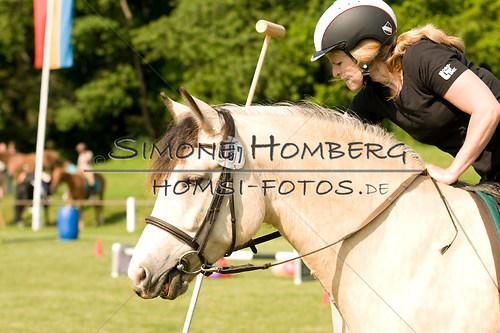 (c)SimoneHomberg_Ponyfest_Sa_20150606_0066