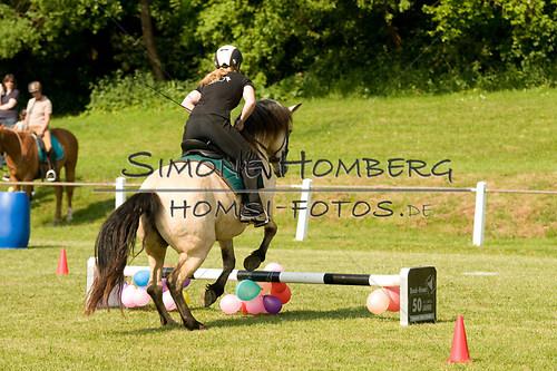 (c)SimoneHomberg_Ponyfest_Sa_20150606_0068
