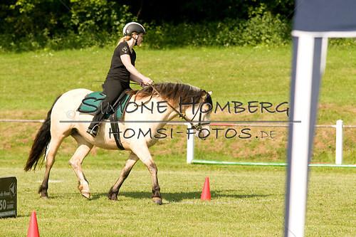 (c)SimoneHomberg_Ponyfest_Sa_20150606_0074