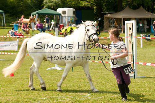 (c)SimoneHomberg_Ponyfest_Sa_20150606_0291