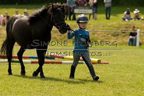 (c)SimoneHomberg_Ponyfest_Sa_20150606_0293