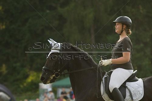 (c)SimoneHomberg_Ponyfest_Schauprogramm_20150606_0008