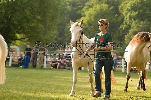 (c)SimoneHomberg_Ponyfest_Schauprogramm_20150606_0010