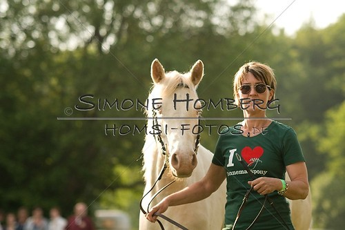 (c)SimoneHomberg_Ponyfest_Schauprogramm_20150606_0011