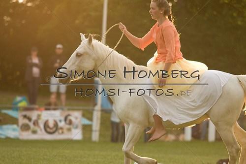 (c)SimoneHomberg_Ponyfest_Schauprogramm_20150606_0487