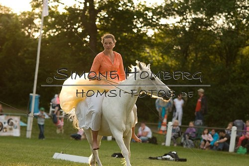 (c)SimoneHomberg_Ponyfest_Schauprogramm_20150606_0491