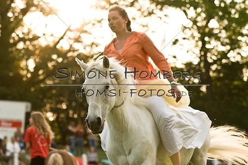 (c)SimoneHomberg_Ponyfest_Schauprogramm_20150606_0498