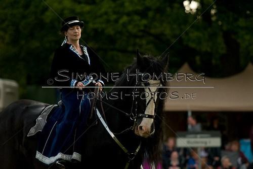 (c)SimoneHomberg_Ponyfest_Schauprogramm_20150606_0511
