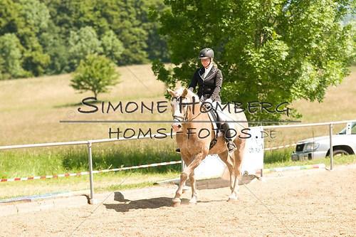 (c)SimoneHomberg_Ponyfest_So_20150607_0004