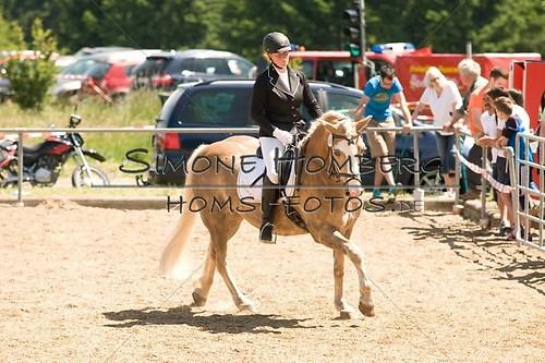 (c)SimoneHomberg_Ponyfest_So_20150607_0013