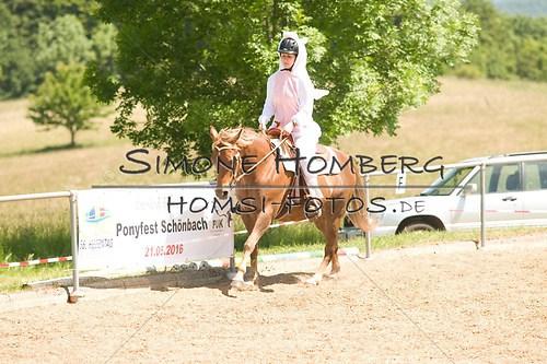 (c)SimoneHomberg_Ponyfest_So_20150607_0027