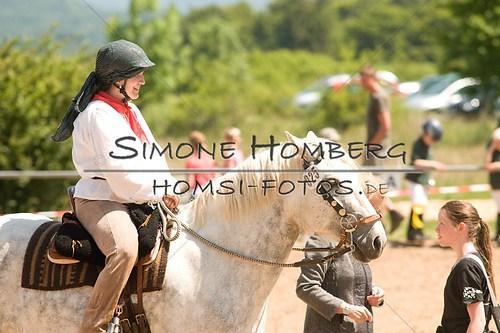(c)SimoneHomberg_Ponyfest_So_20150607_0039
